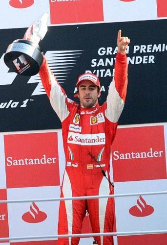 Fernando Alonso, pourtant il ne devrait être jamais en rouge!