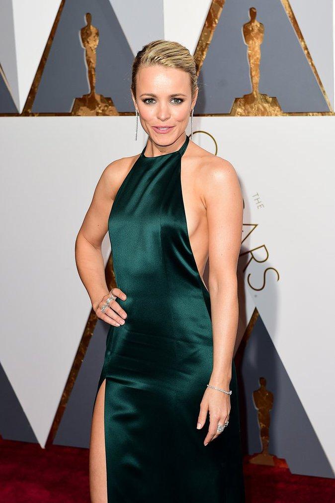 Rachel McAdams, sublime sur le tapis rouge des Oscars