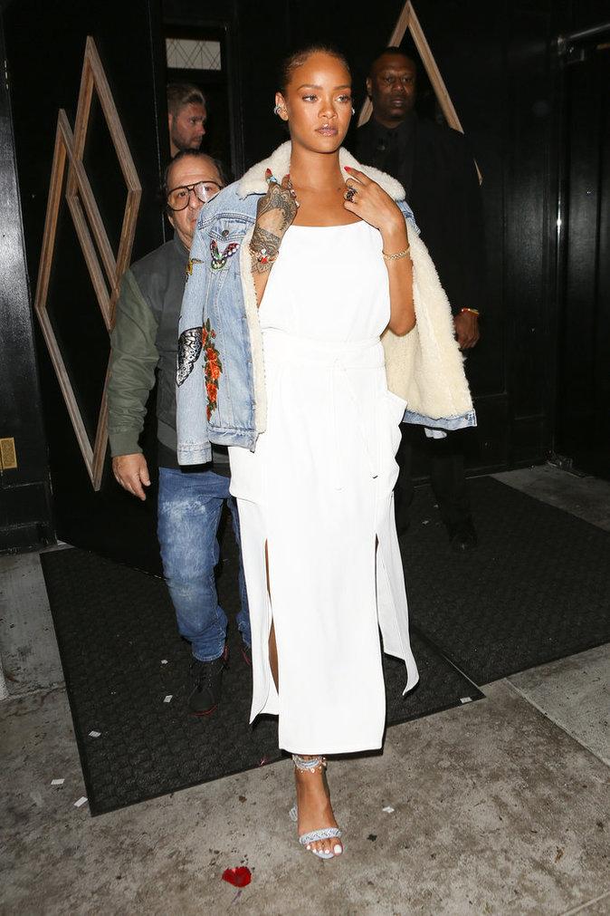 Rihanna et sa veste en jean