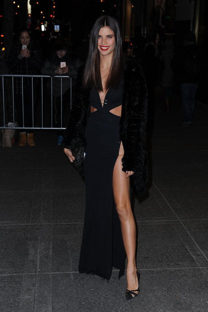 Sara Sampaio enchaîne les défilées de la Fashion Week