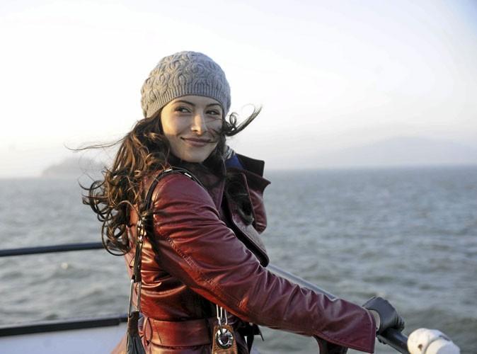 Série Facing Kate : Sarah Shahi nous fait un remake de Titanic... sans Leonardo !