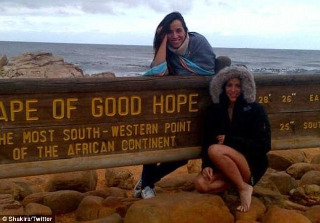 Shakira et une amie au Cap de Bonne Espérance !