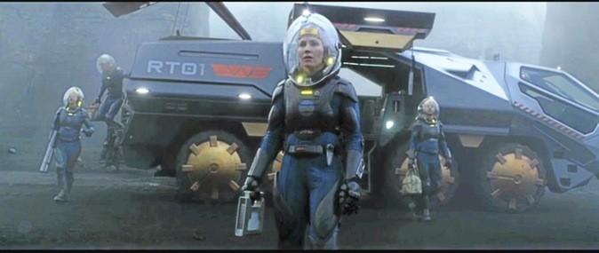 Les images du film Prometheus avec Charlize Theron et Noomi Rapace !