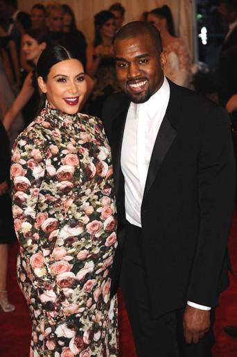 New York 07/05/2013 : Kim Kardashian : C'est la rose de trop !