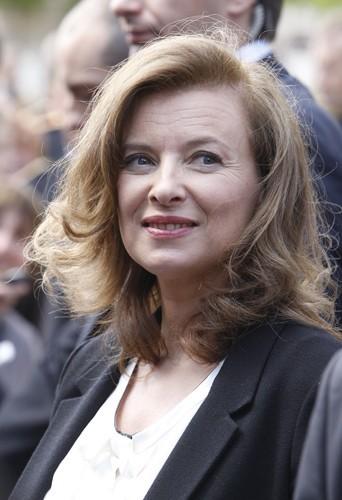 >> Valérie Trierweiler discrète