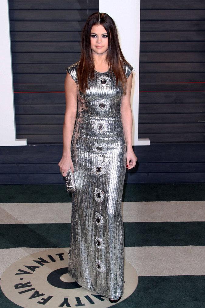 Selena Gomez en bombe à la Vanity Fair Oscar Party
