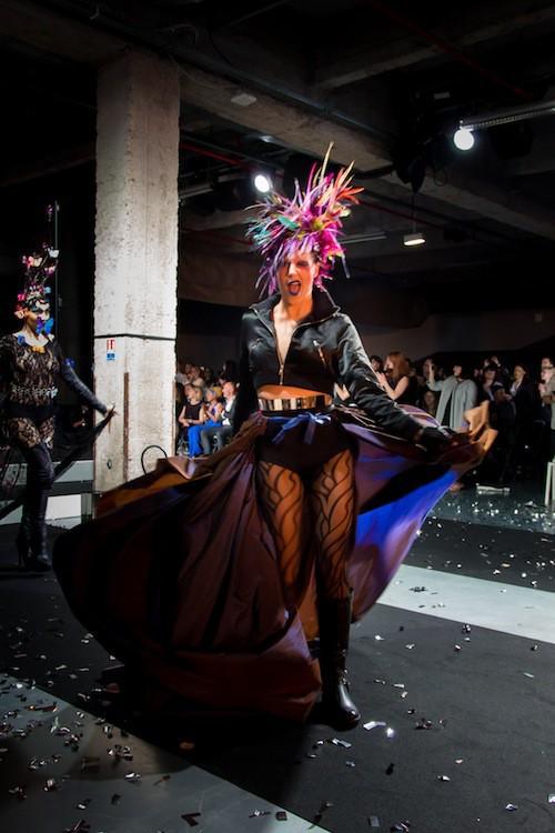 Le show de Luc Drouen, élu meilleur coiffeur en 2012