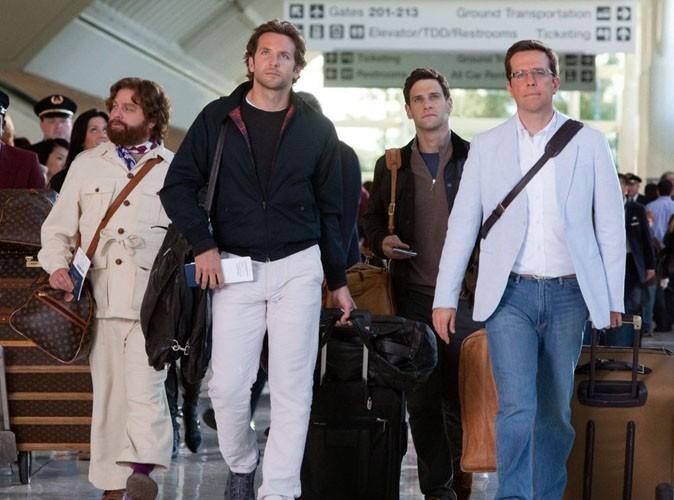 Où est la salle de cinéma ? Bradley Cooper et ses amis semblent complètement perdus dans Very Bad Trip 2.