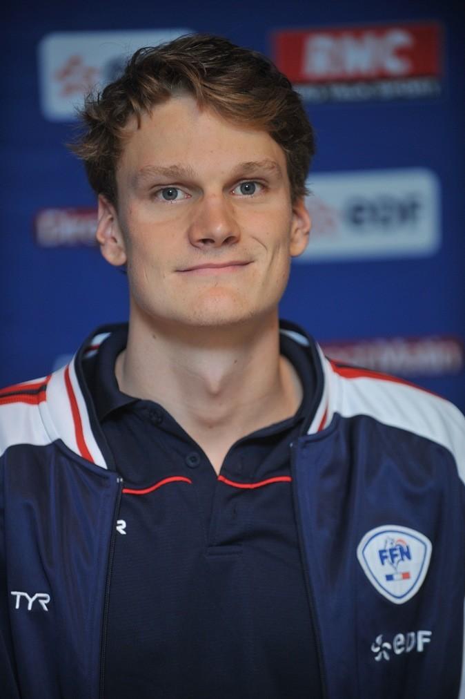 Petit sourire coincé pour notre nageur français préféré !