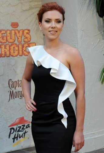 Scarlett Johansson : une beauté pareille encore célibataire, c'est à peine croyable !