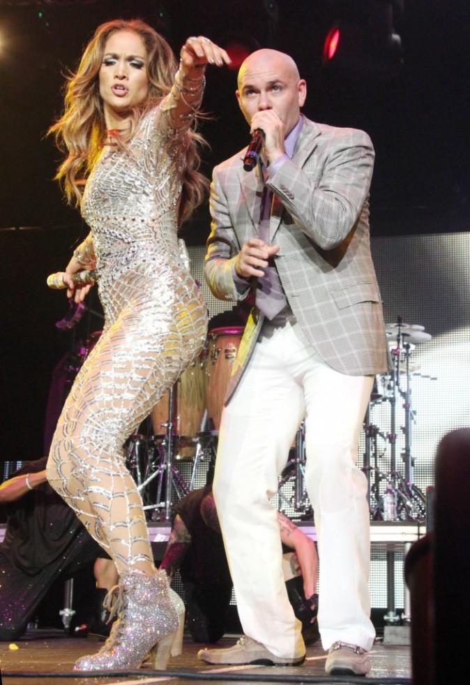 Pitbull : il s'offre un nouveau duo avec JLo... Et dévoile l'intégralité de son featuring avec Christina Aguilera !