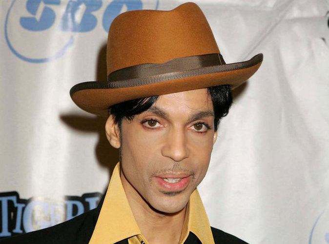 Prince est mort, les stars lui rendent hommage...