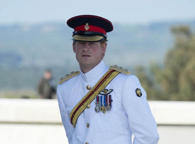Prince Harry ne pourra pas voir le Royal Baby avant un mois !