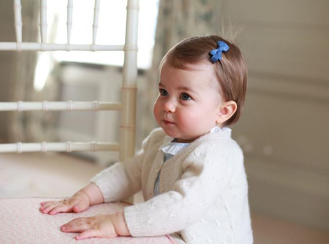 Princesse Charlotte : ses cadeaux d'anniversaire dépassent les 40.000 euros !