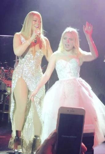 Public Buzz : Il s'offre Mariah Carey et Elton John pour le mariage de sa petite-fille