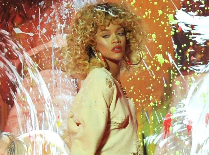 Rihanna : avec son pull transparent, elle continue la provoc' !
