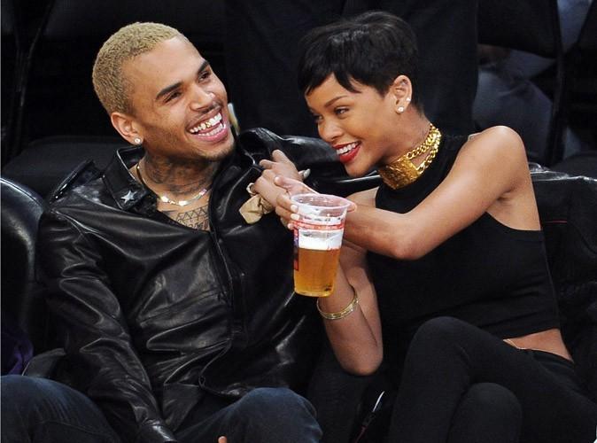 Rihanna : ça roule avec Chris Brown !