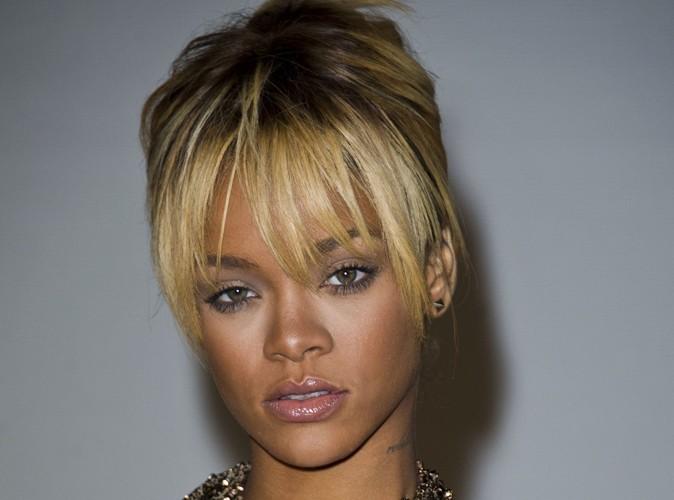 Rihanna : elle arpente Londres à la recherche de looks !