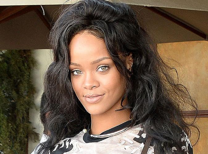 """Rihanna : le tweet """"Free Palestine"""" qu'elle aimerait bien faire oublier..."""