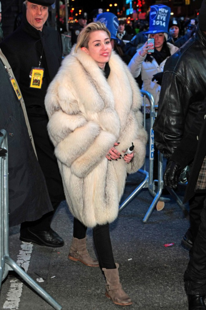 Les frileuses : Miley Cyrus à New York !