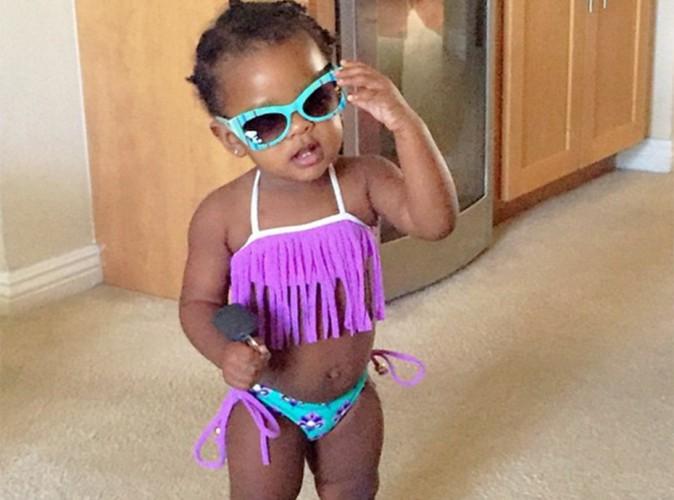 Rihanna : sa nièce a bien grandi, Majesty prend la pose en bikini !
