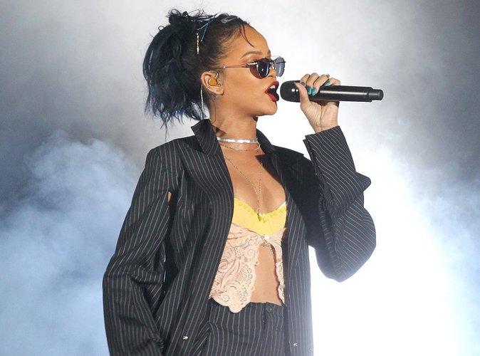 Rihanna : son producteur balance sur les raisons du retard de son nouvel album !