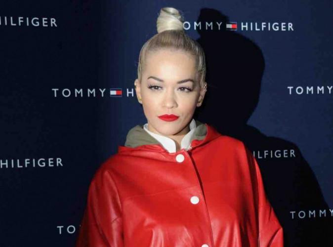Rita Ora : elle défend Madonna suite à son baiser avec Drake !
