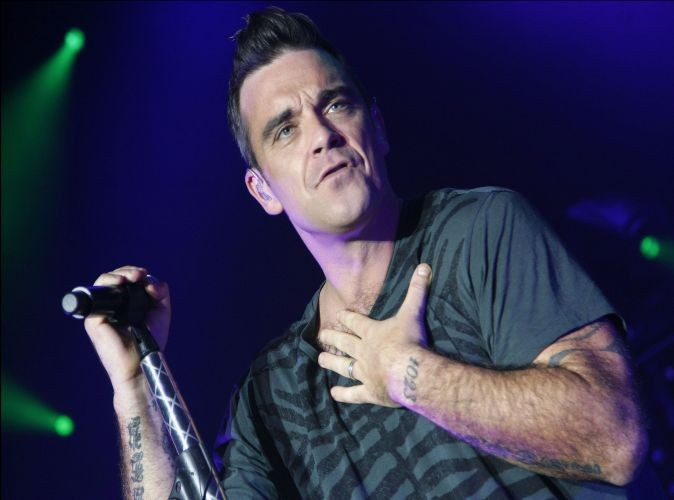 Robbie Williams : flippé à l'idée de devenir père !