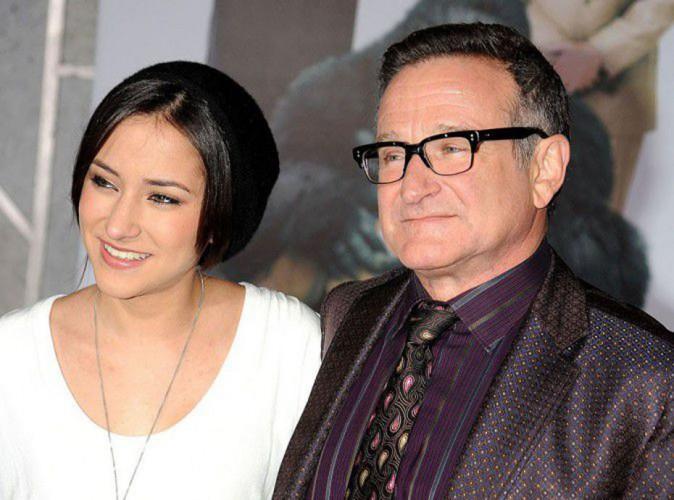 """Robin Williams : sa fille lui rend un hommage émouvant """"Je vis ma tristesse au quotidien"""" !"""