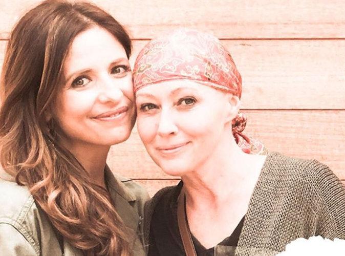 """Sarah Michelle Gellar (""""Buffy contre les vampires"""") apporte son soutien à son amie Shannen Doherty"""