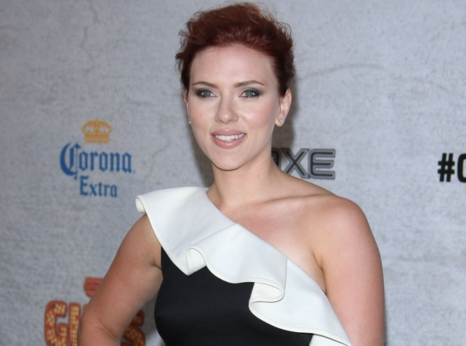 Scarlett Johansson : divorcée à temps pour Independence Day !