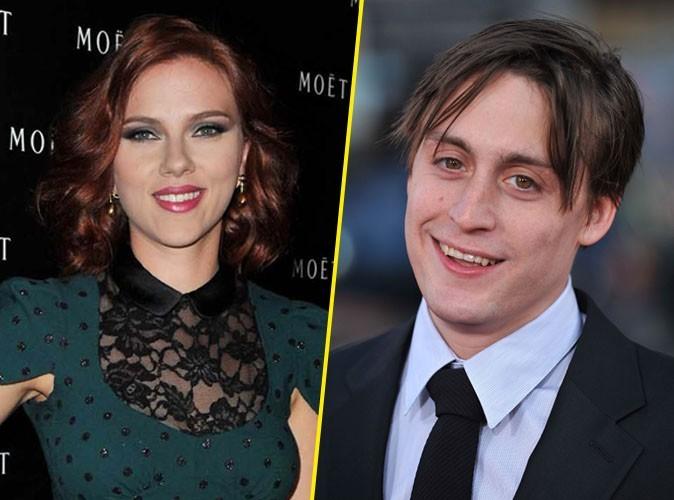 Scarlett Johansson : elle emmène son nouveau mec chez Pizza Pino sur les Champs Elysées !