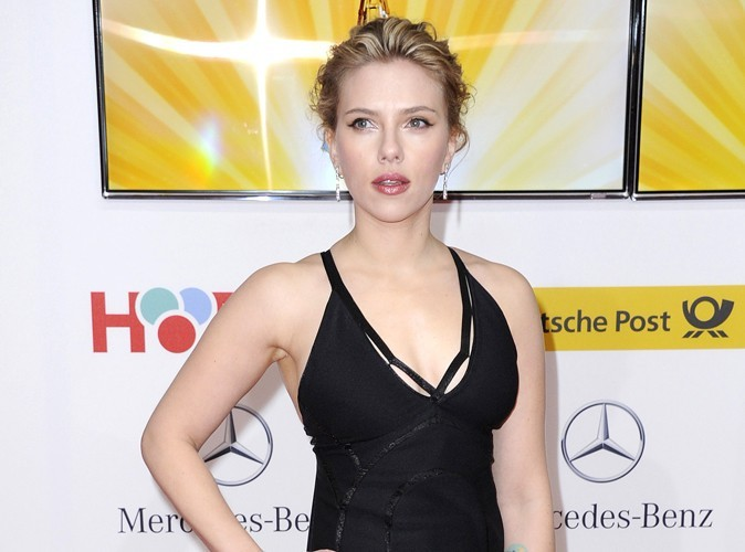 Scarlett Johansson : sa Saint-Valentin en bikini !