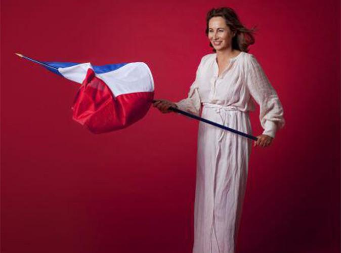 """Ségolène Royal : sa version de """"La Liberté guidant le peuple"""" moquée et détournée sur Twitter !"""