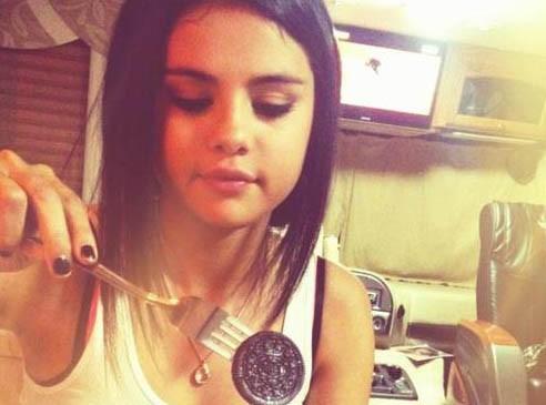 Selena Gomez revendique sa gourmandise !