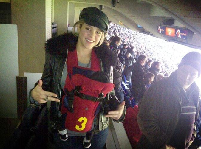 Shakira : elle initie déjà Milan aux joies du foot !