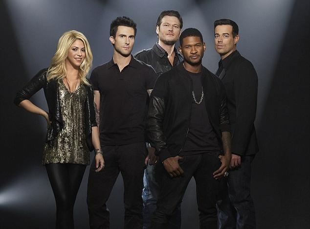Shakira : une jeune maman radieuse et entourée d'un jury implacable dans le nouveau visuel promotionnel de The Voice US !