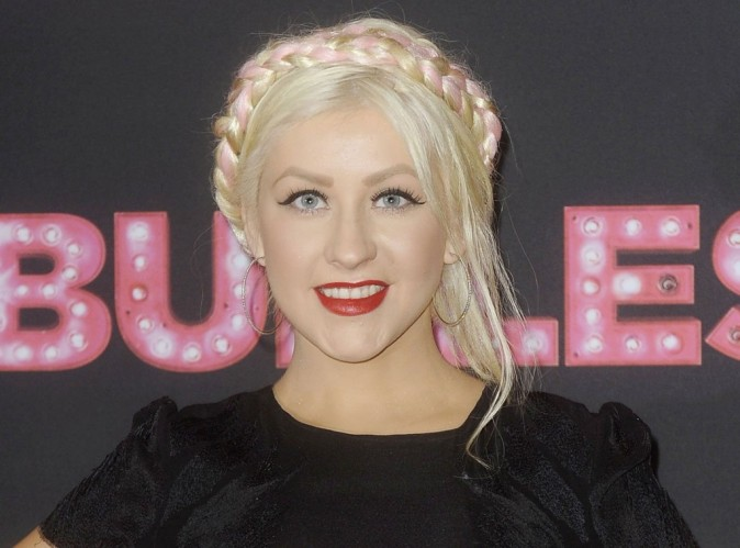 Simon Cowell tacle la pauvre Christina Aguilera !