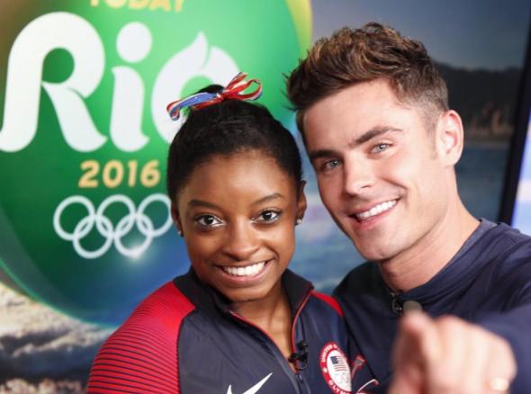 Simone Biles : Après son buzz avec Zac Efron et les médailles, la notoriété de l'athlète va encore exploser !