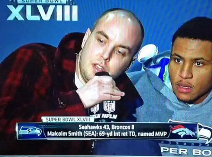 Super Bowl : un individu intervient en direct et fait le buzz en dévoilant sa théorie sur les attentats du 11 septembre !