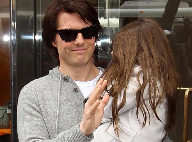 Suri Cruise : elle s'envole retrouver Tom Cruise à Londres pour ses vacances !