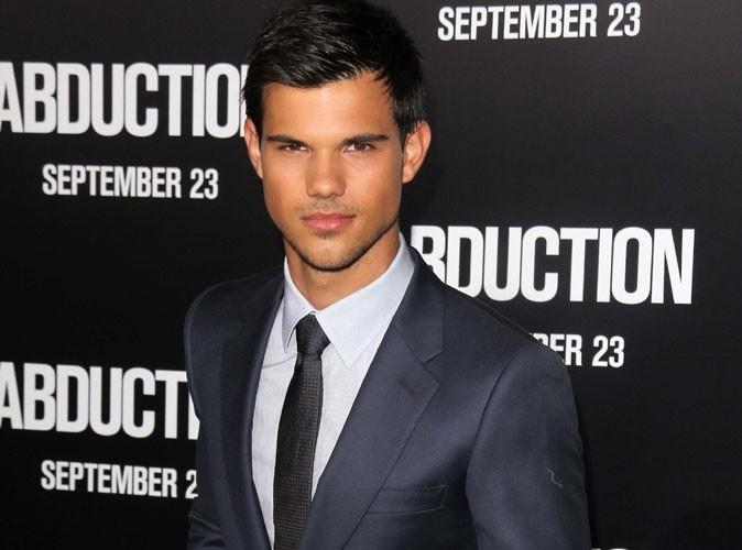 Taylor Lautner : le beau gosse de Twilight à nouveau célibataire !