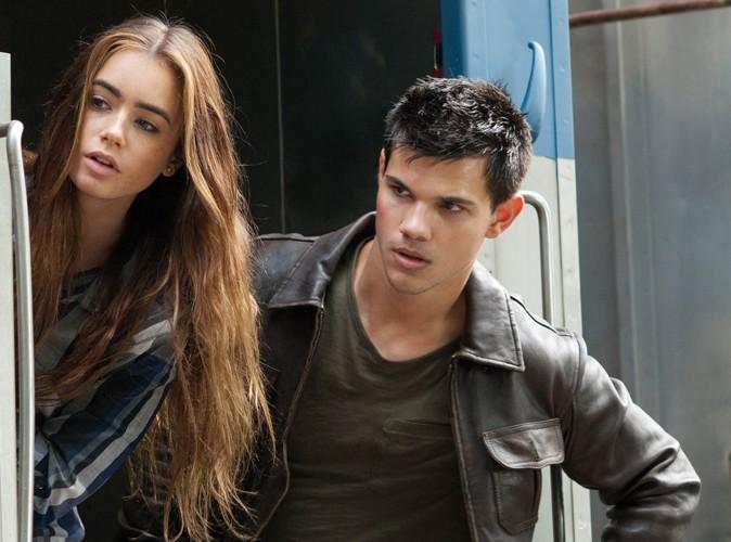 Taylor Lautner : sa relation avec Lily Collins serait un coup de foudre !