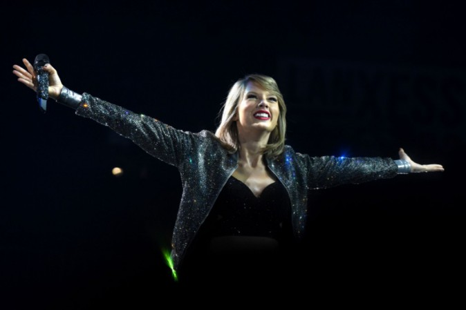 Taylor Swift : Succèdera t-elle à Katy Perry pour la mi-temps du Superbowl ?