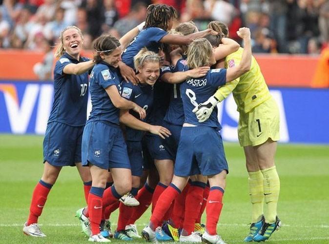 Télé : Public vous conseille le match France/Pologne !