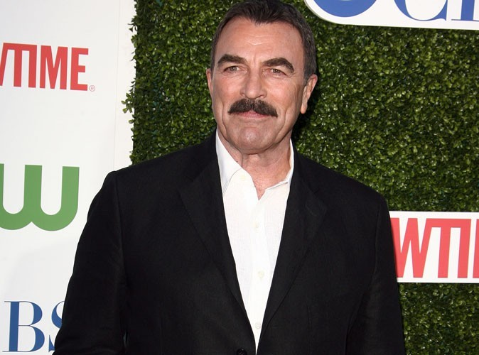 Tom selleck homosexual apologise