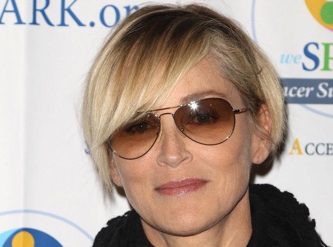 TPMP : Quel chroniqueur a embrassé Sharon Stone ?