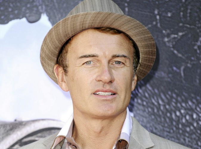 TV : Julian McMahon is back !