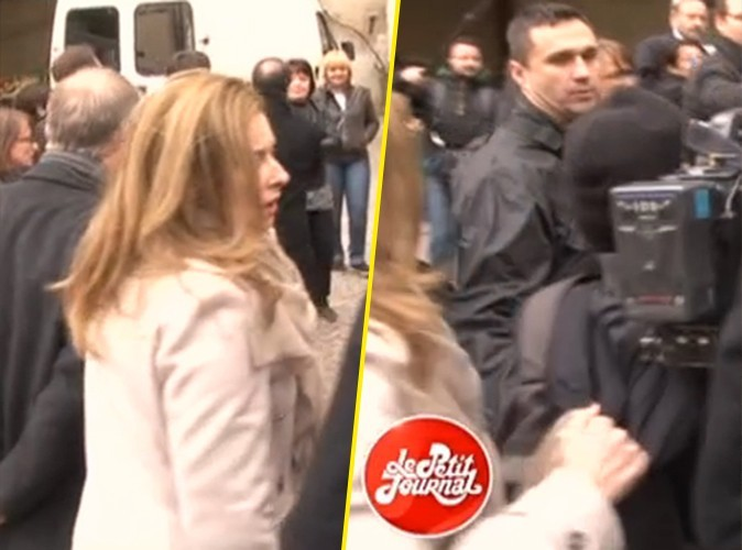 Valérie Trierweiler : agacée par un caméraman, elle lui remonte la capuche !