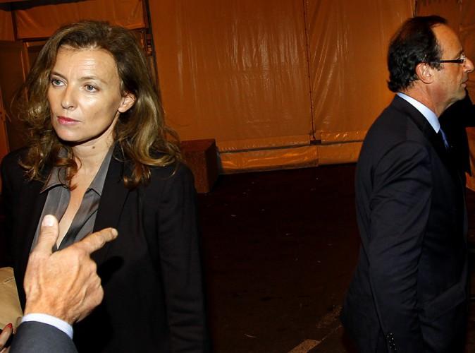 """Valérie Trierweiler : après avoir été """"bousculée"""" dans Paris, un sondage l'acable !"""